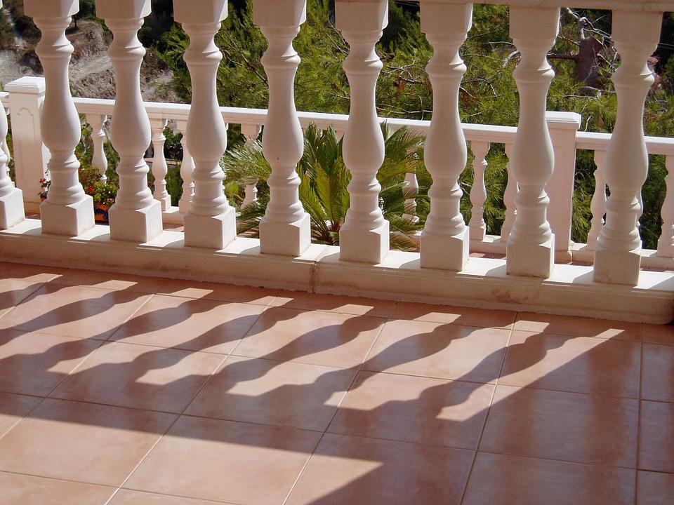 Rifacimento della terrazza ad uso esclusivo in una bifamiliare